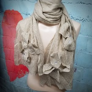 Fashionable scarf  by boutique